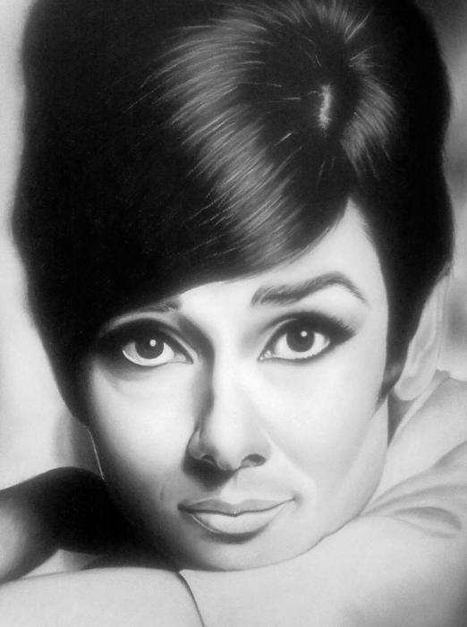 Audrey Hepburn by casya